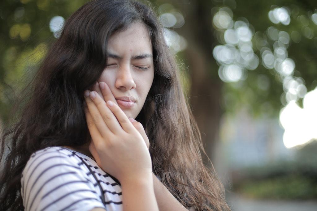 Woman Needs Emergency Dentist in Carmel
